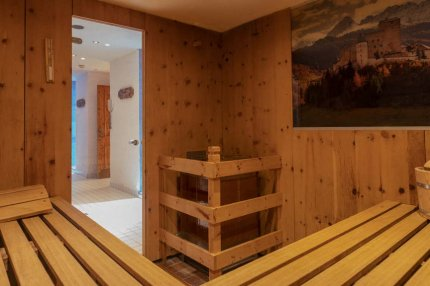 tirolerhof_nauders_spa_sauna2b.jpg